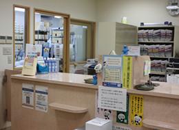 カウンターと調剤室