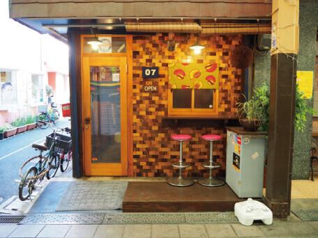 07ゼロナナ厳選日本酒が自慢のお店