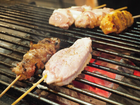 厳選した鶏肉をつかう焼き鳥屋
